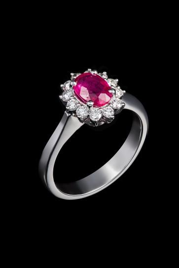 Δαχτυλίδι Κ18 Ροζέτα Ρουμπίνι