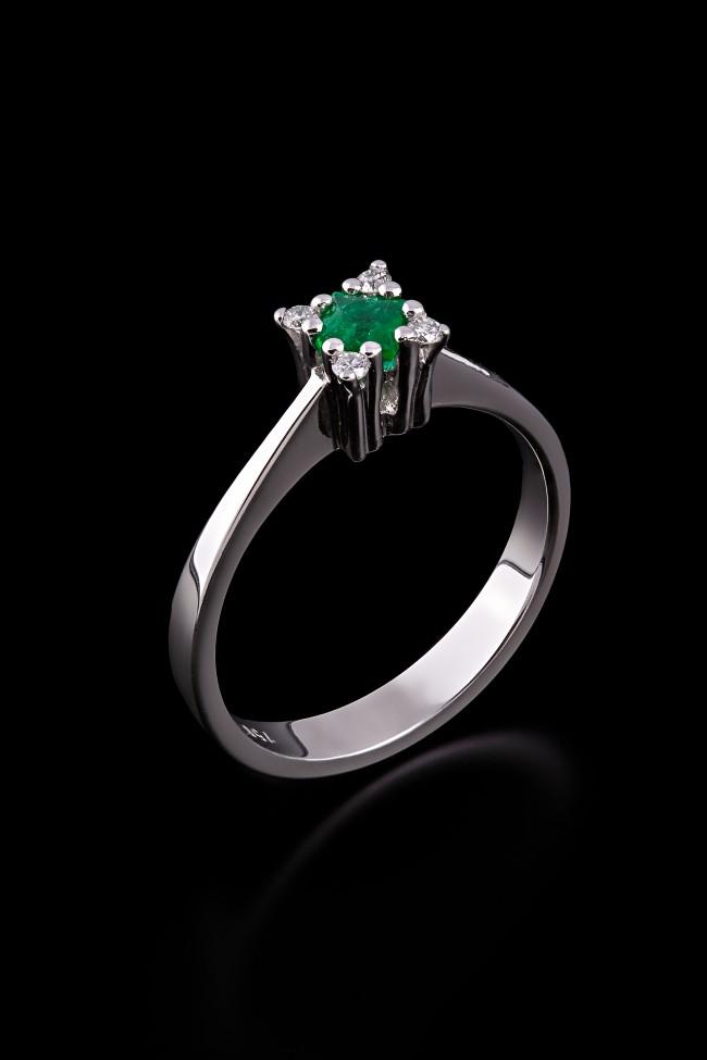 Δαχτυλίδι Κ18 Σμαραγδι d540ce12908