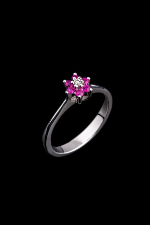 Δαχτυλίδι Κ18 Ροζέτα Rubies